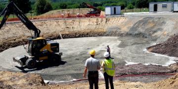 Construction de la bâche d'eau traitée de 1500 m3 – Réunion de chantier validation du fond de forme (19/06/2018)